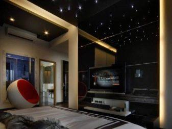 Черный потолок (40 фото): особенности применения в интерьере спальни, использование в дизайне комнаты с белыми стенами и полом, выбор штор