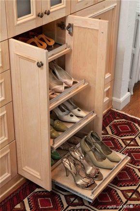 Узкие обувницы в прихожую