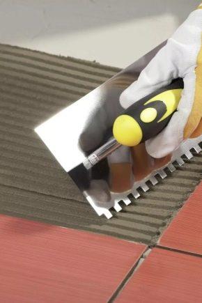 Двухкомпонентный клей для плитки: особенности и характеристики