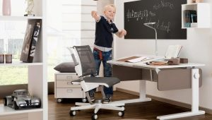 Детский стол-трансформер