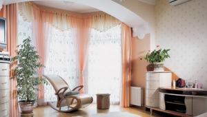 Дизайн спальни, совмещенной с балконом