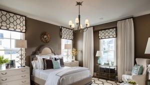 Короткие шторы до подоконника в спальню