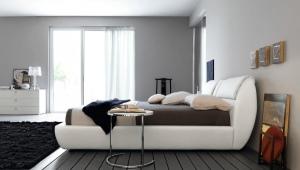 Прикроватные столики для спальни