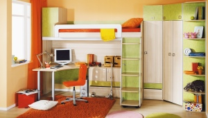Детские стенки со столом и шкафом