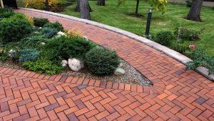Тротуарная плитка для дорожек на даче: разновидности и дизайн