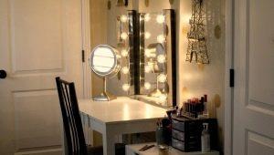 Зеркало с подсветкой: плюсы и минусы