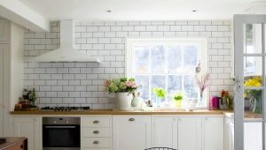 Белая плитка под кирпич в дизайне интерьере