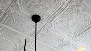 Как выбрать клей для потолочной плитки из пенопласта?