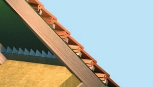 Способы утепления потолка в доме с холодной крышей