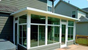 Раздвижные алюминиевые окна для балконов и веранд: остекление беседок