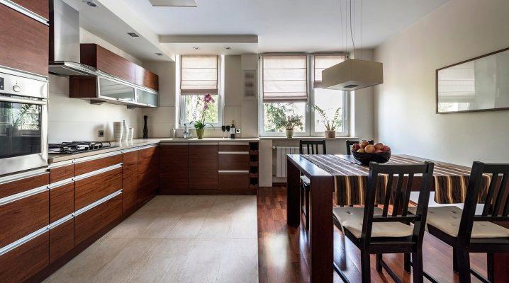 Плитка и ламинат на пол в кухне