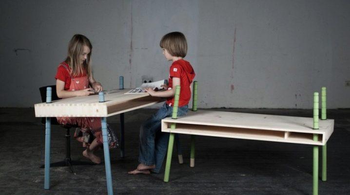 Детский стол, регулируемый по высоте