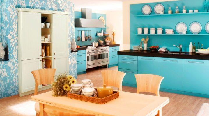 Дизайн кухни со стенами ярких тонов