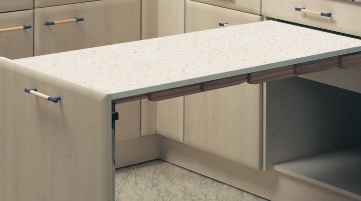 Выдвижной стол на кухне (47 фото): кухонный стол с