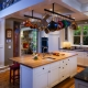 Какой выбрать ламинат для кухни и прихожей