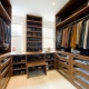 Планировка гардеробной комнаты с размерами