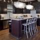 Потолочная люстра и светильники на кухню