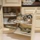 Выдвижные шкафы для кухни
