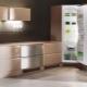 Дизайн угловых кухонь разной площади с холодильником