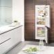 Холодильник коричневого цвета