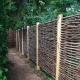 Декоративный забор: разновидности материалов и пошаговая сборка конструкции