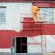 Фасадная краска для наружных работ по кирпичу: плюсы и минусы