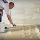 Как правильно приклеить гипсокартон к стене?