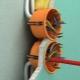Прокладка кабеля в гипсокартоне: особенности, порядок работ
