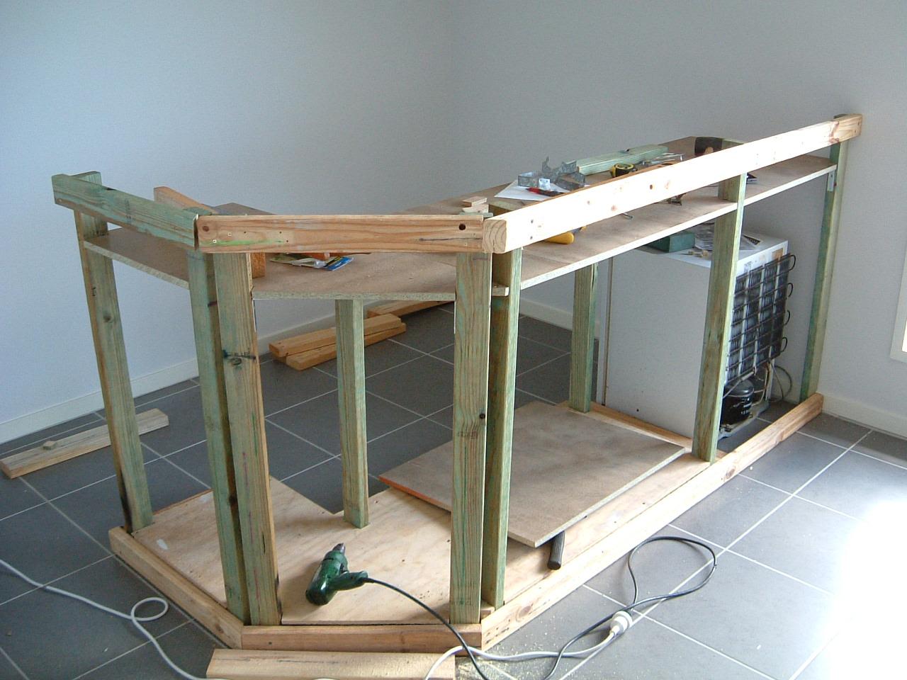Маленькая кухня с барной стойкой (52 фото): дизайн небольших кухонных помещений с баром