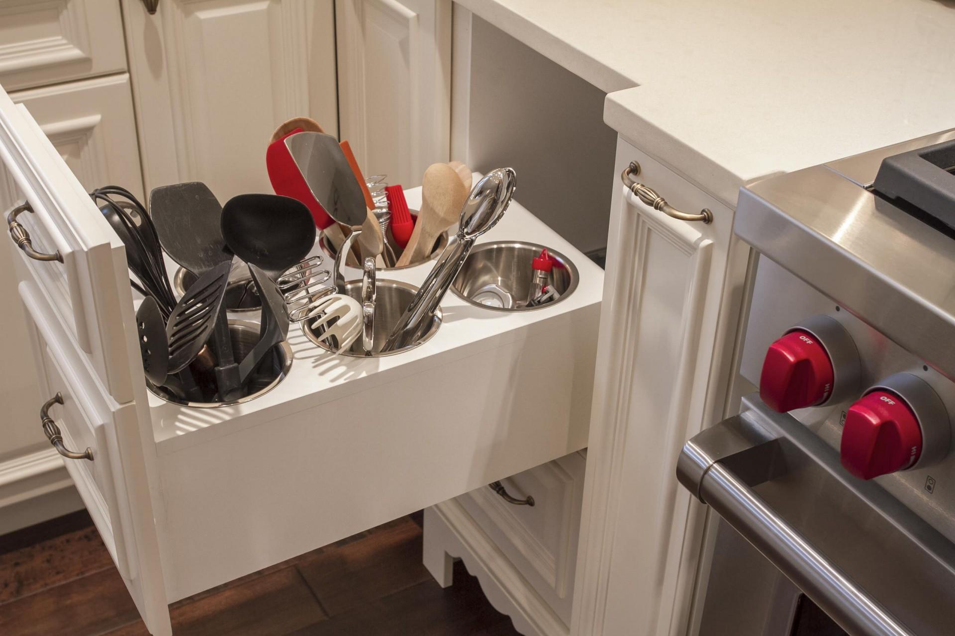 Наполнение для кухонных шкафов (78 фото): внутренний порядок.