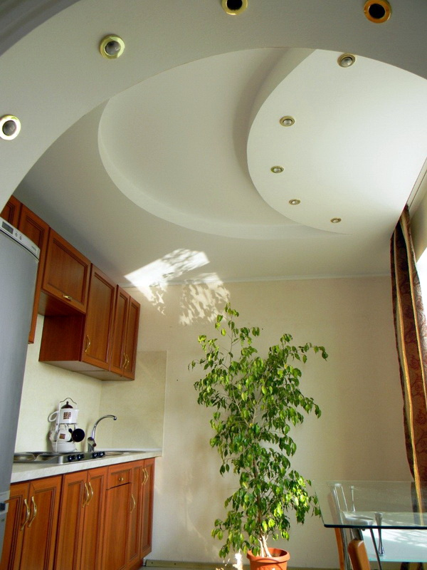 Недорогой потолок на кухне своими руками 528