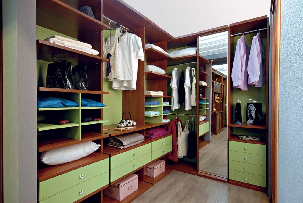 Гардеробные шкафы, часто встречающиеся изделия, характеристи.
