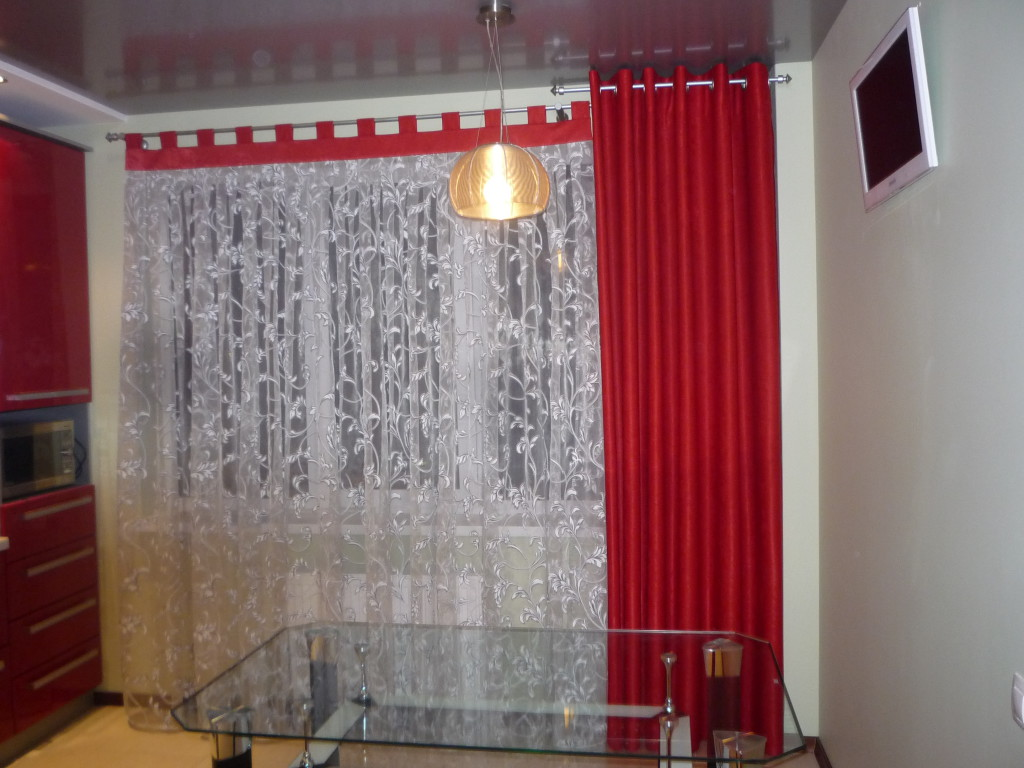 шторы с люверсами фото на кухню
