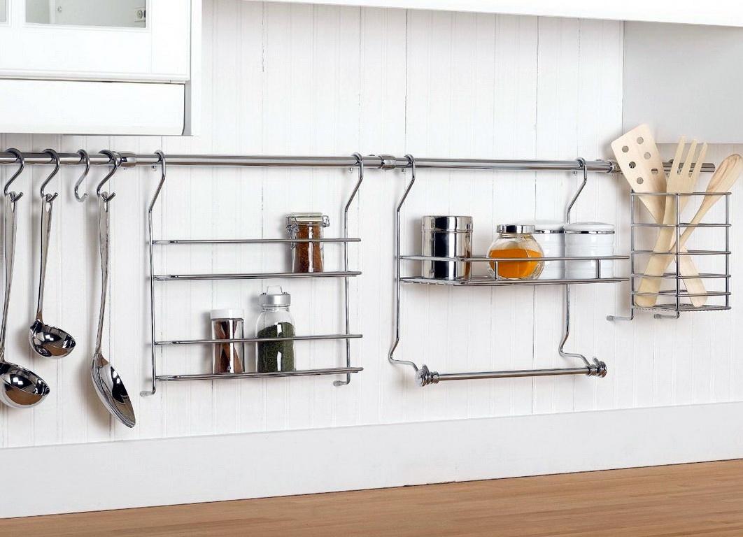 Как подвесить бокалы на кухне
