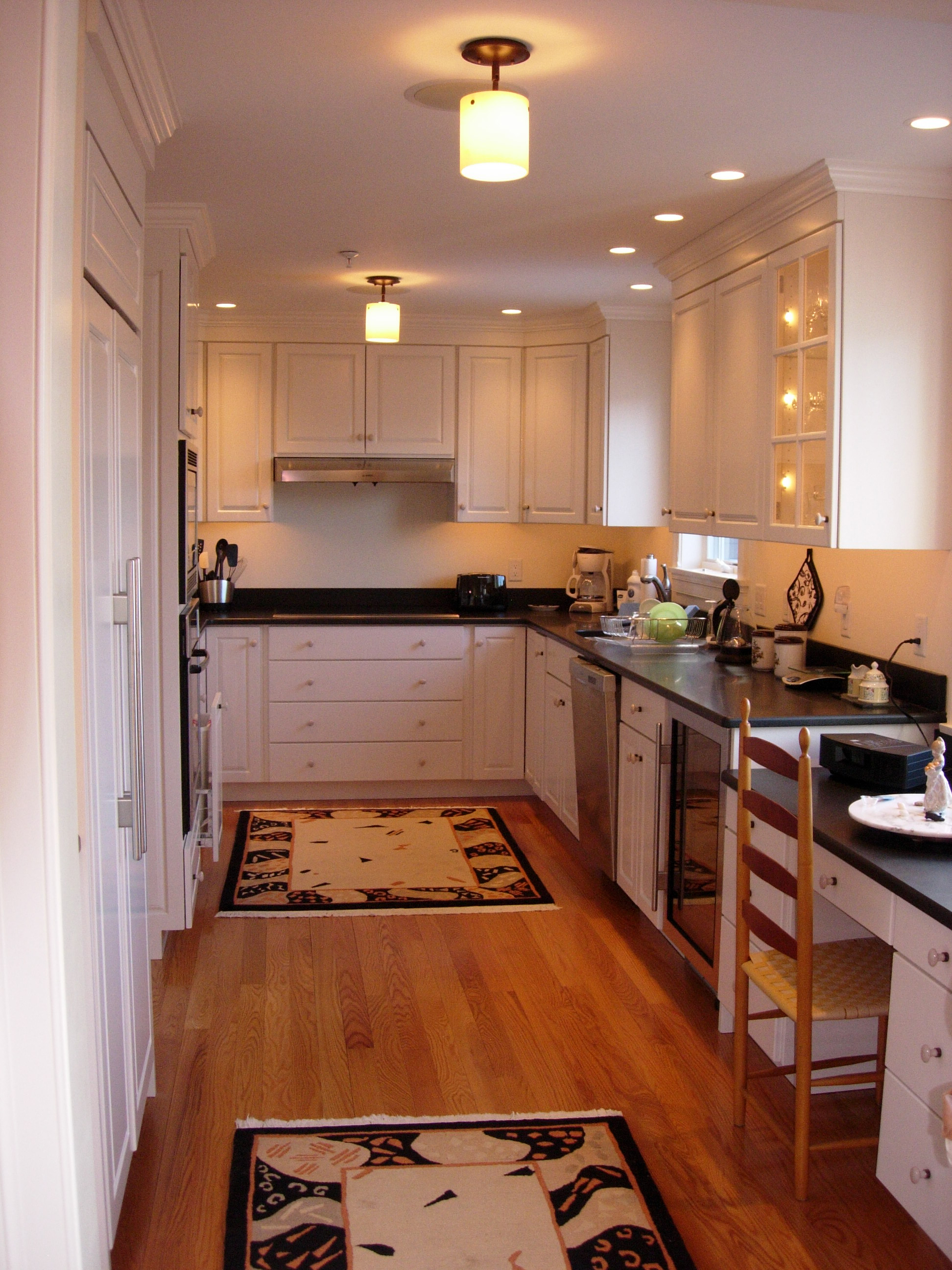 Дизайн кухни на лоджии (44 фото): объединение гостиной, совм.