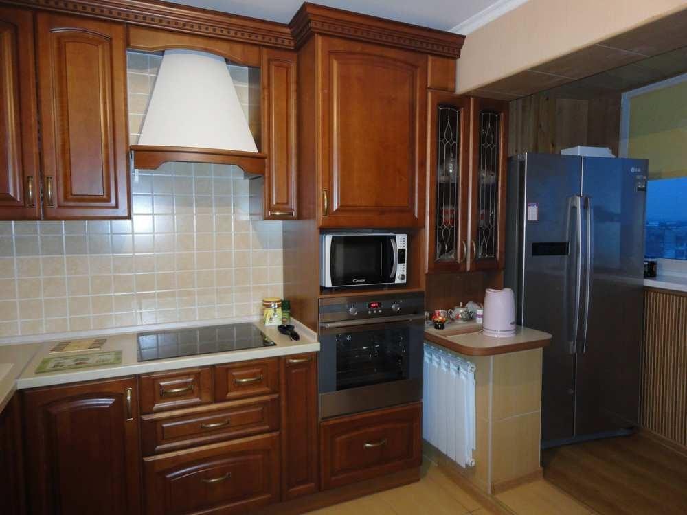Дизайн кухни совмещенной с балконом.