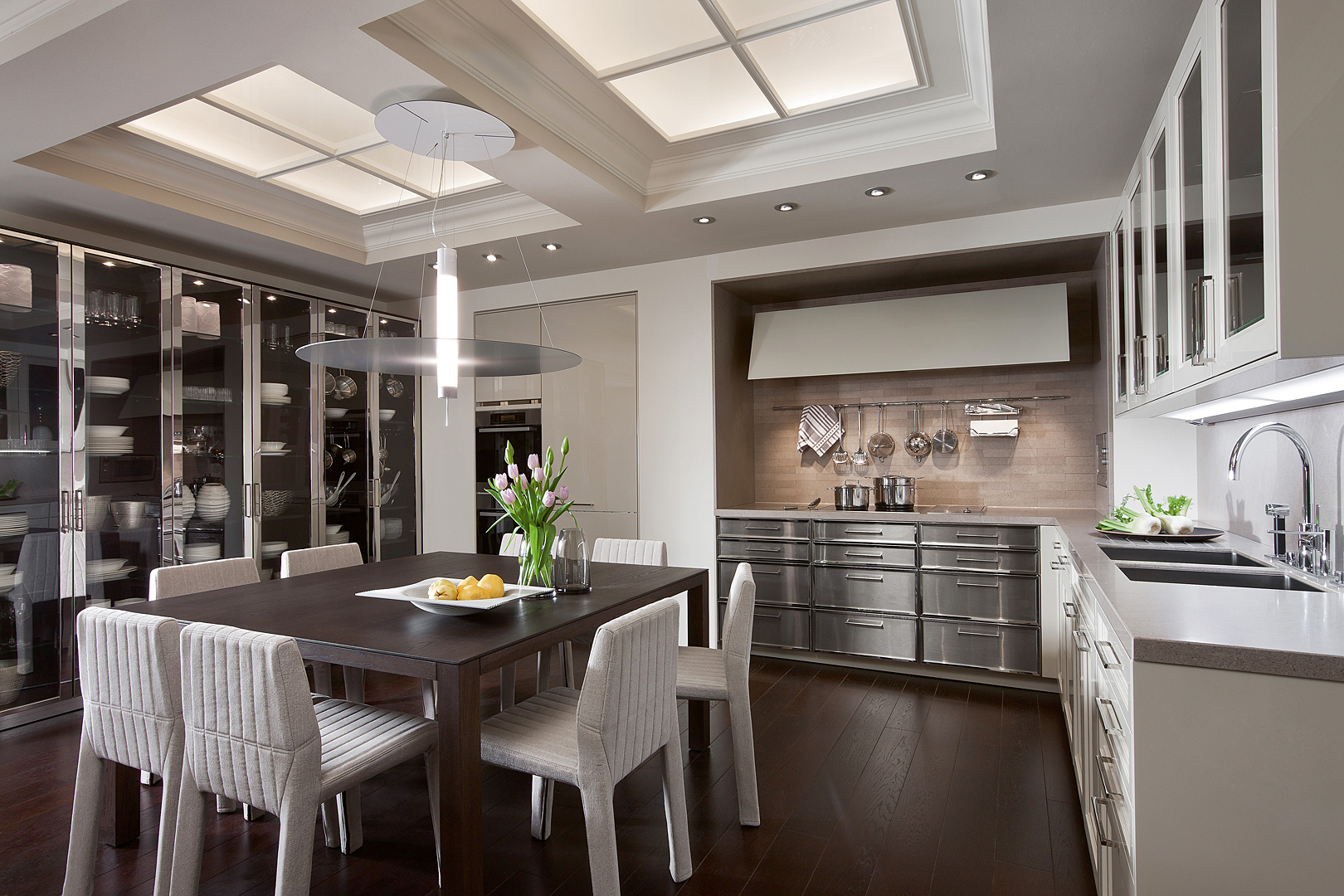 дизайн кухни-столовой фото