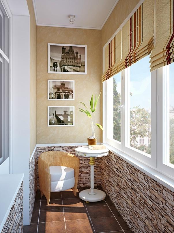 Интерьер балкона в панельном доме.