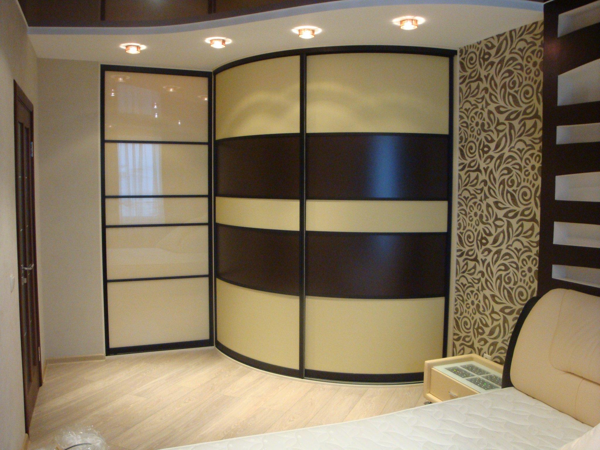 Дизайн шкафов-купе (76 фото): дизайнерские идеи, модель-нови.