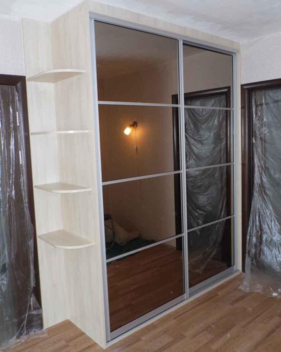 Двухстворчатый шкаф-купе (37 фото): с зеркалом.