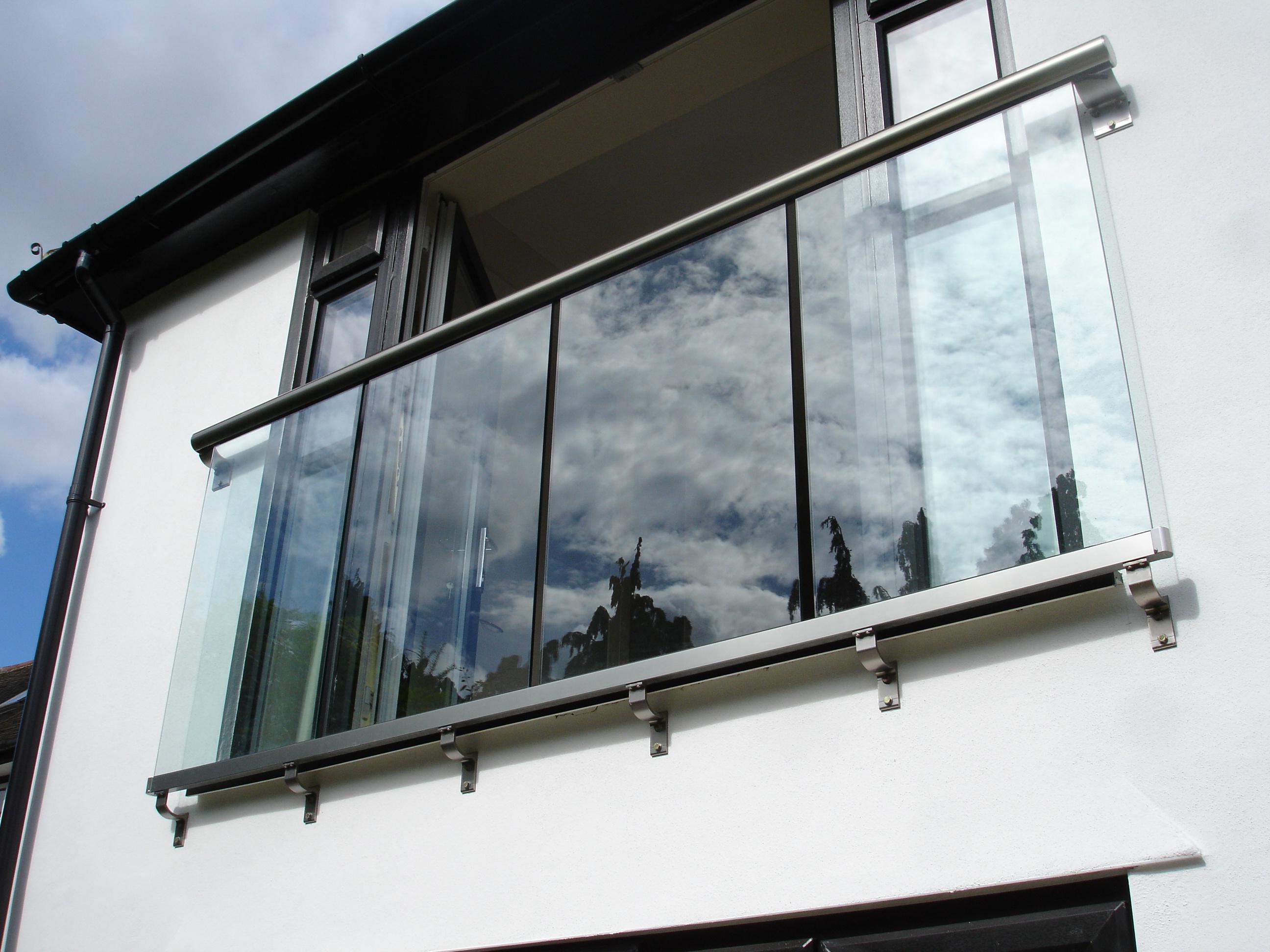 Французский балкон (62 фото): кованый балкончик или лоджия в.