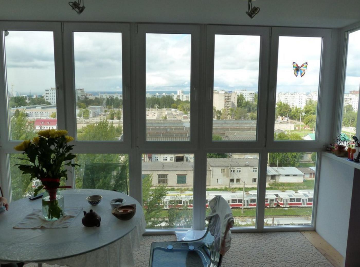 Как сделать теплым витражный балкон