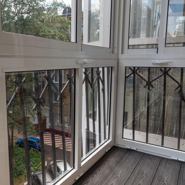 Французское остекление балкона (62 фото): окна и лоджии вмес.