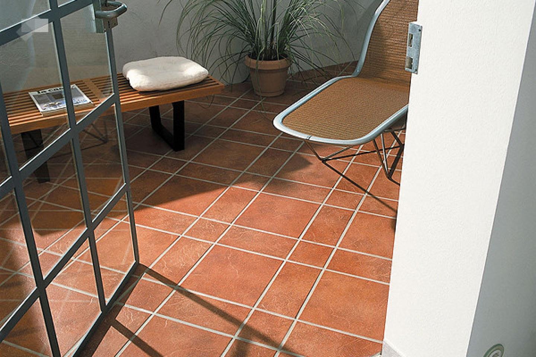 Плитка на пол на балкон (34 фото): теплый электрический пол .