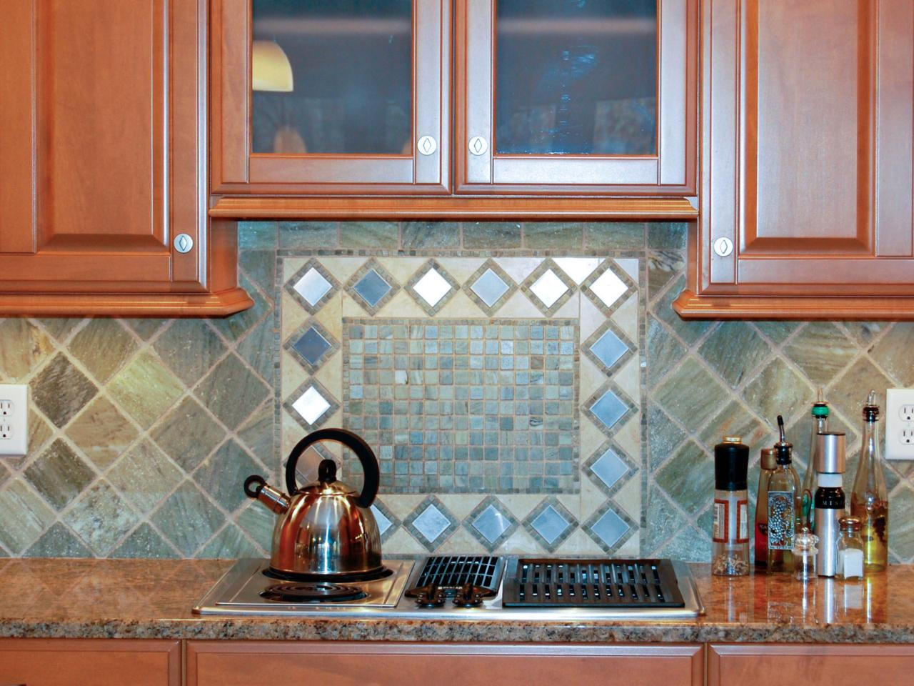 Дизайн кухни плитка на фартук