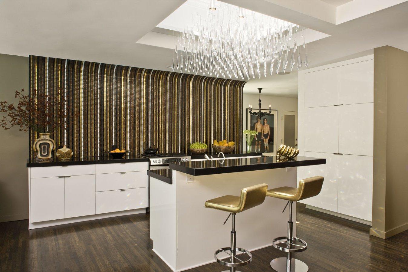 Кухня без верхних шкафов: фото и дизайн стильных интерьеров.