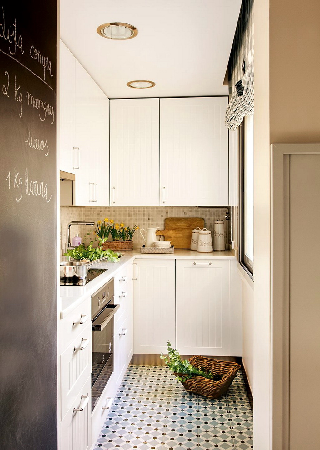 Дизайн маленькой 7 квм кухни