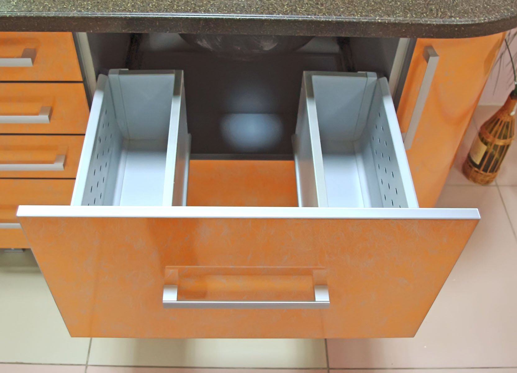 Шкаф под раковину на кухню