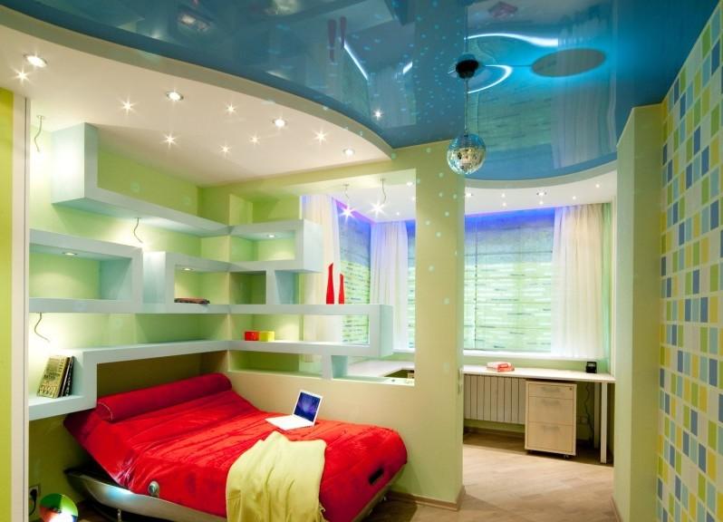 Натяжной потолок в детской комнате - фото и гид