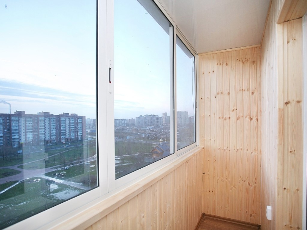 Застеклить балкон - это наша работа в екатеринбурге : ремонт.